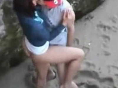 Teens are so horny that hump right on public beach | beach   horny girls   public sex   teens