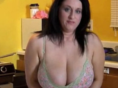 Huge boobs BBW beauty loves fuck her fat juicy pussy U | bbw   beauty   boobs   fat girls   juicy girls   natural tits   pussy