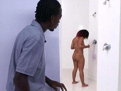 Ebony butt lass Deana Dulce with big natural tits | butt  ebony  natural tits  tits