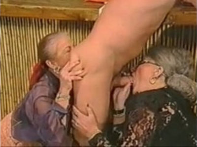 Extreme Old Ladies | extreme   gilf   mature   old and young   pissing