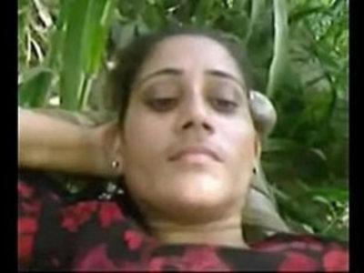 indian outdoor sex in field   indian girls  outdoor