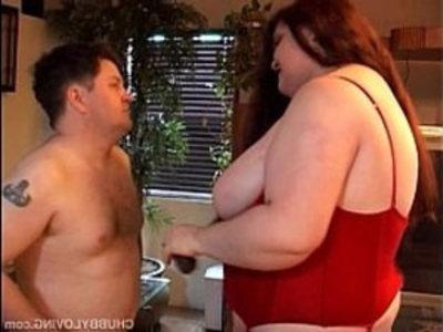 Gillian is a gorgeous BBW who loves to eat cum | bbw  breasts  busty  chubby girls  cumshots  curvy girls  facials  fat girls  gorgeous  plumpy girls