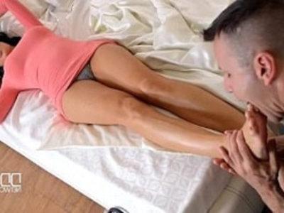 Jasmine Jae A Dickalicious Foot Massage | footjob  massage