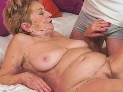 Kinky old granny loves big dick | cock  dick  gilf  kinky  old and young  young