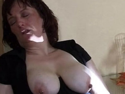 extreme mom insertion and squirt   extreme  insertion  son and mom  squirting pussy