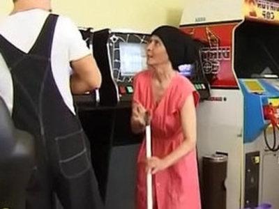 Muscle Guy Fucks Ugly Granny | gilf  muscle