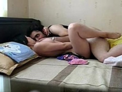 Paki couple honeymoon scandal leaked with audio | couple