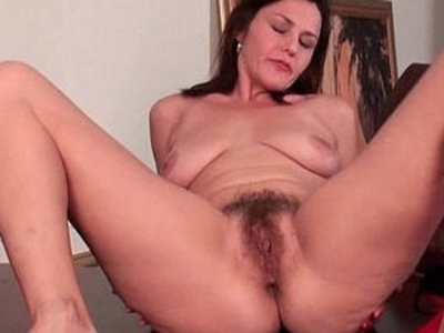 Mature milf gives her hairy pussy a workout | hairy pussy  mature  milf  pussy  training