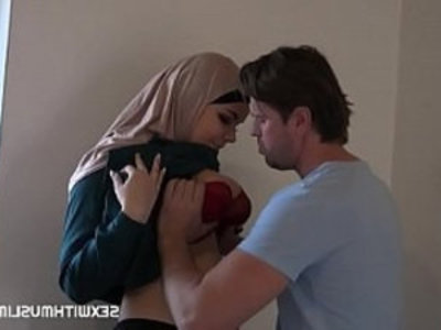 MUSLIM CUCKOLD FUCKING | arabian girls   boobs   cuckold   sexy girls